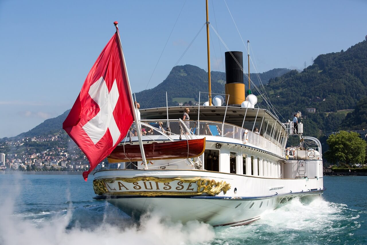 Best Lakes to Swim in Switzerland