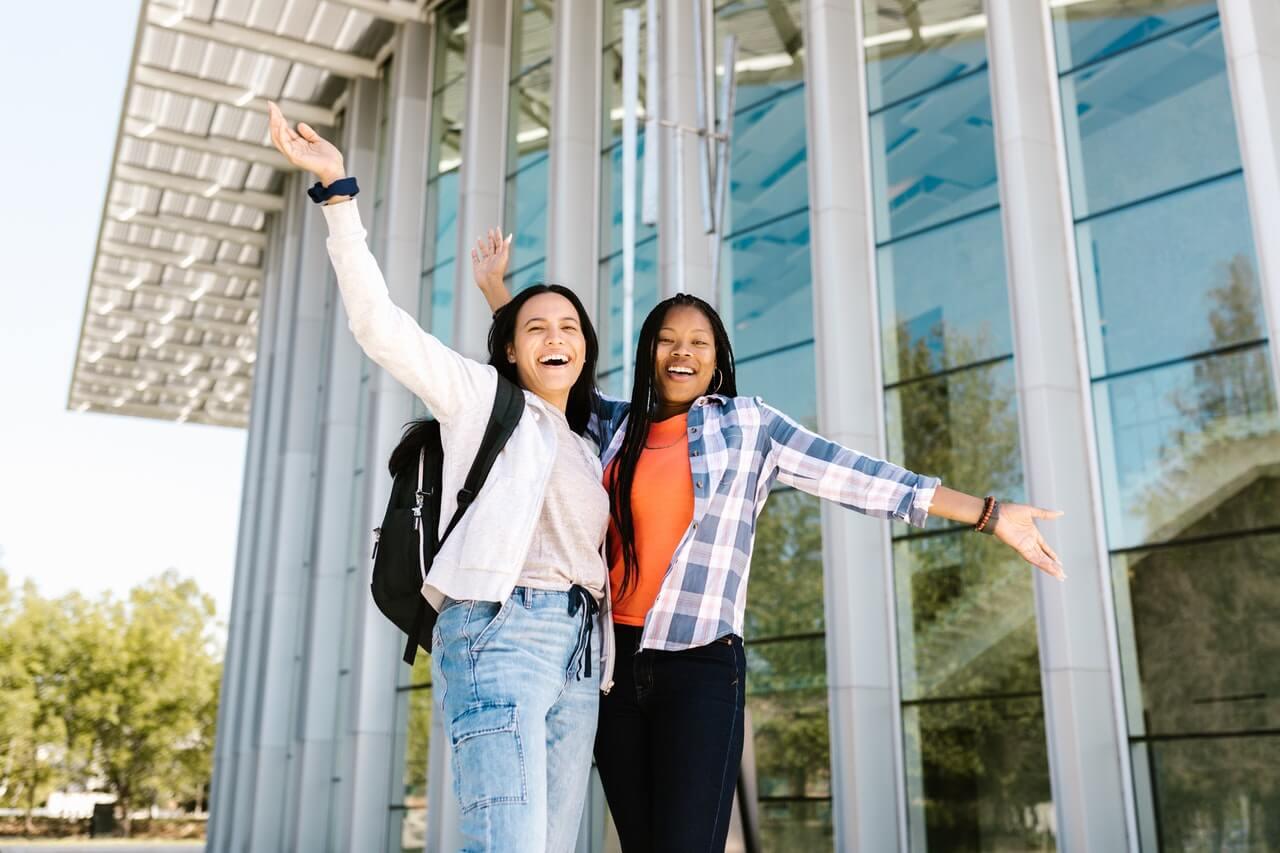 Student Life in Geneva: Why Students Choose Geneva?